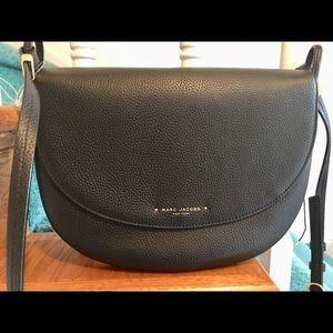 Marc Jacobs cross body bag retail $375 NWT